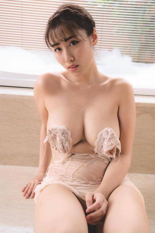sayakatoudou-gravure-image2-21