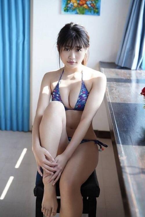 ishidamomoka-gravure-image7-5