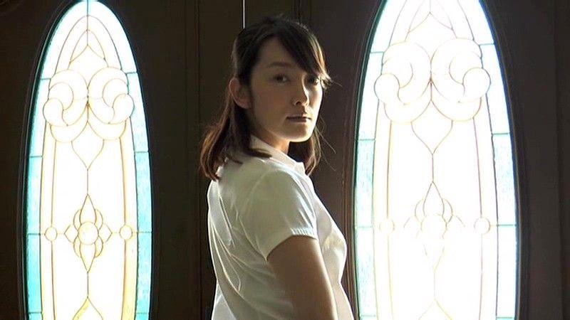 雫、つたう瞬間 柴田かよこ