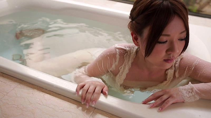 愛人《ラマン》谷麻紗美 デビュー10周年メモリアル