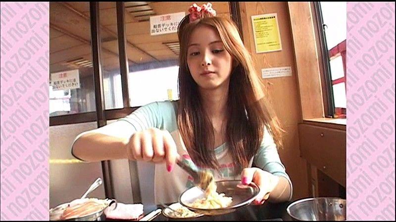 nozomi 佐々木希