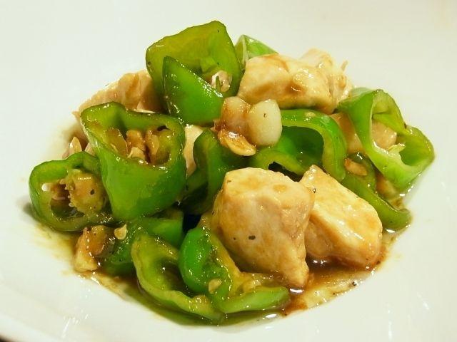 R0052039_万願寺唐辛子と鶏肉のオイスターソース炒め_20120812