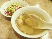 R0012016_蓬莱閣のランチのスープとサラダ