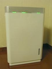 R0015003_空気清浄機の電源オン
