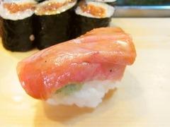 R0055758_築地大和寿司のおまかせにぎり4中トロ_20130508