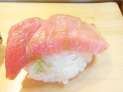 R0055755_築地大和寿司のおまかせにぎり1大トロ_20130508