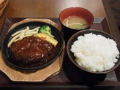 R0046721_田町ランチ_肉屋山本商店_20111206