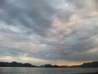 福山の鞆の浦 海岸の夕焼け