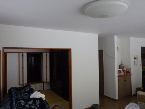 居間、和室塗装完了