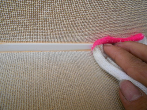 フクビは塗装前に清掃しておきます