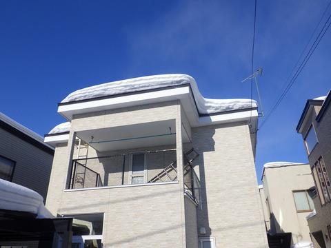 今日は屋根の雪下ろし