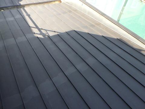 今回は下屋根のみ塗装