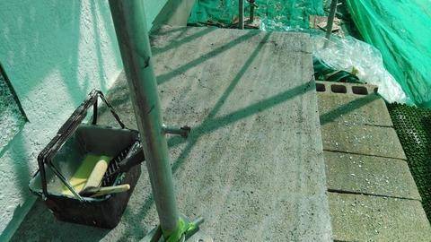 コンクリート製の縁側、防水シーラー