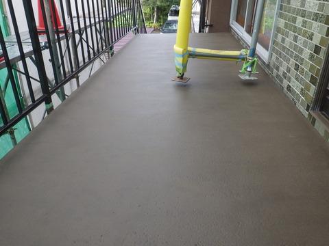 階段床、防水基材2回目完了