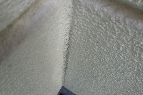 外壁既存シーリングのブリード跡