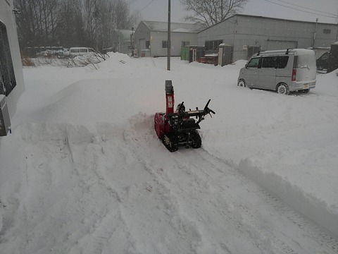 毎朝の除雪