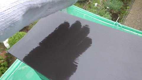 塗膜が厚いと反射率が高くなります^^