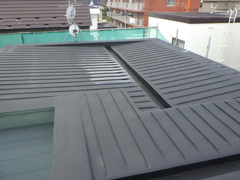 屋根サビ止め塗装完了