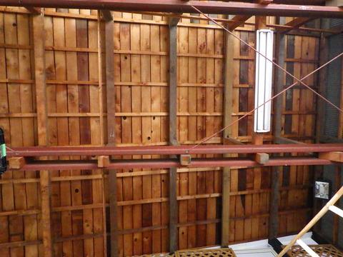 これは倉庫の天井