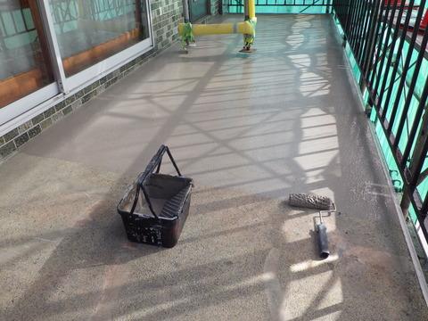 階段床、防水基材1回目