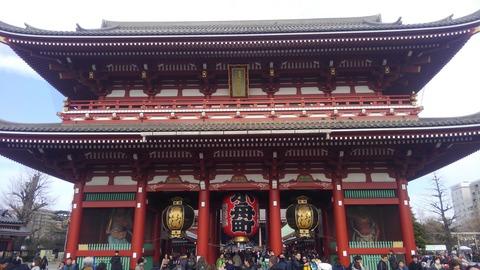 浅草寺は大きいですね~