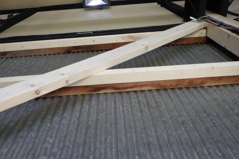 壁補強垂木へは新たに垂木をかぶせる形に