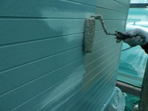 外壁シリコン塗装中塗り
