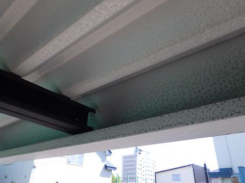 ガレージ屋根材はガルバリウム鋼板
