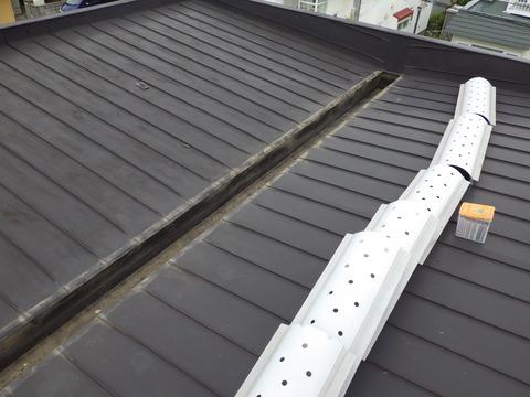 ダクトカバー付きの屋根塗装