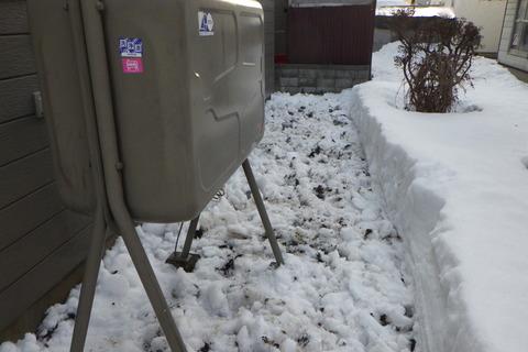 足場仮設箇所を除雪