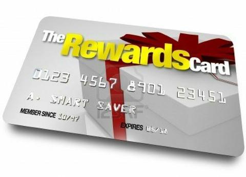 寄付か、ギフトカードか、あなたならどっち?