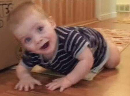00018.かわいい子供動画・見ていると必ず笑みがこぼれます