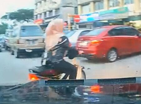 00022.マレーシアのドラレコ動画、派手な物はない