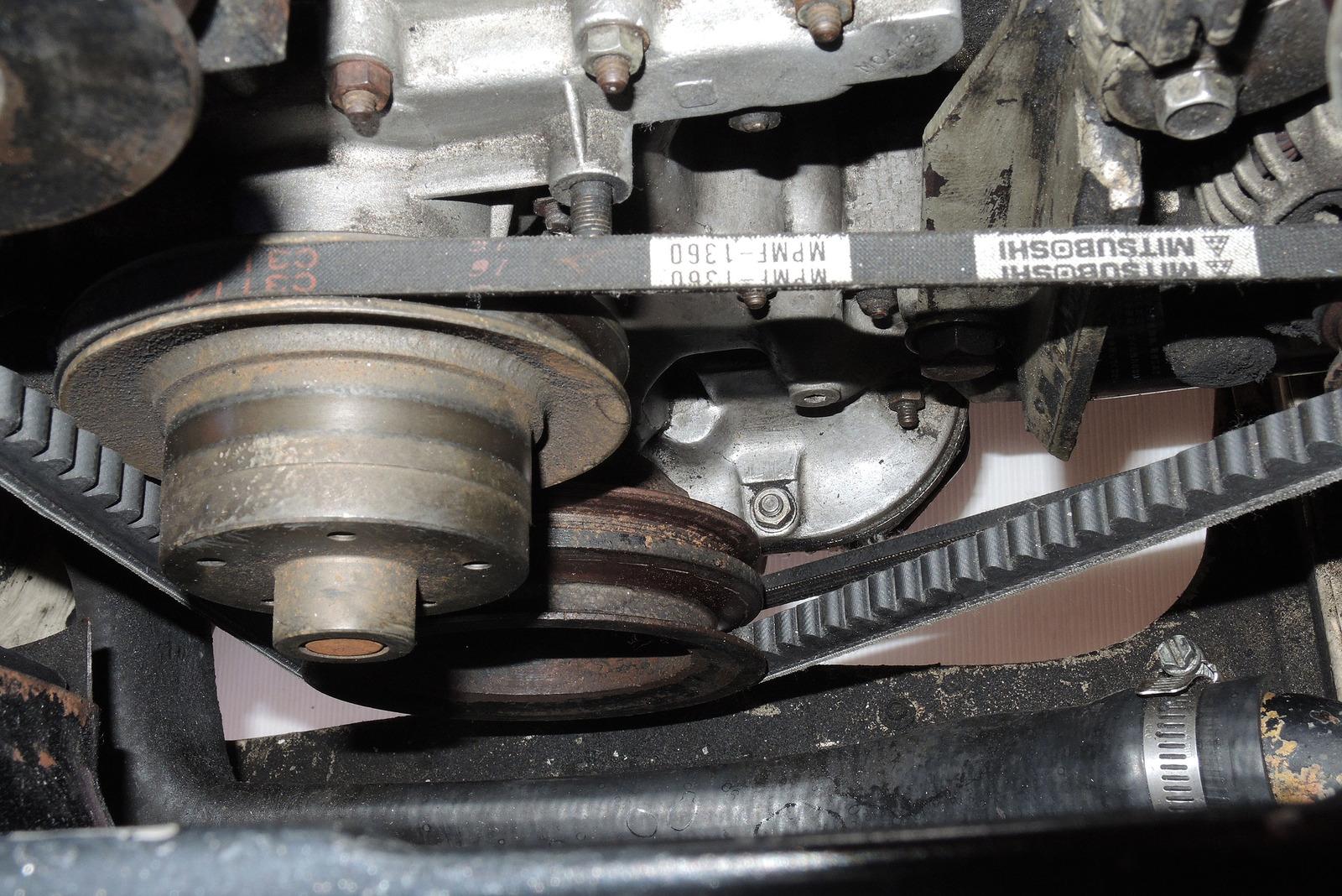 161126エンジン脱脂3前プーリー部