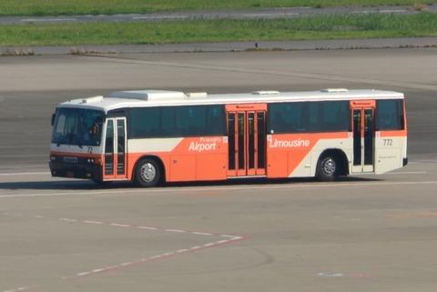 東京空港交通772