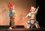 時の舞台 京劇(ポーズ)