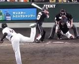 【動画】 「1点差9回無死二塁」 巨人・亀井の頭脳プレーに絶賛の声! 長打性の当たりを阻止できた理由とは?