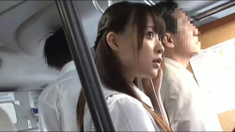 心花ゆらのエロ画像02