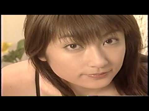 【動画】グラビアアイドルの熊田曜子さんの若い頃のエロい下着の動画