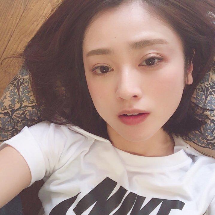JYがまだイケる安達祐実さん(36)が可愛すぎるwww