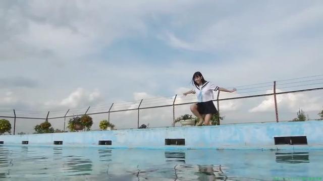 渡辺美優紀 「みるネコ」制服からの白ビキニ「20枚」プール