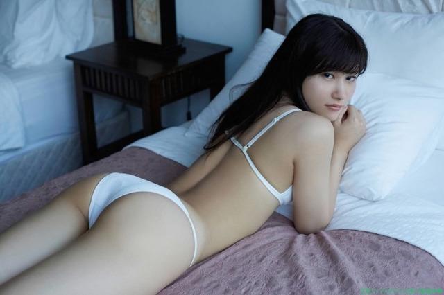 水着ビキニ画像「100枚」元HKT48のグラビアアイドル 江藤彩也香