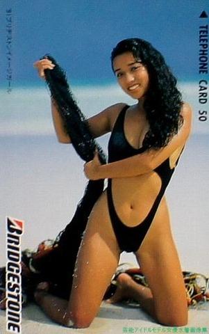 原久美子水着画像 90年代ブリヂストン イメージガールなどを務めた女優
