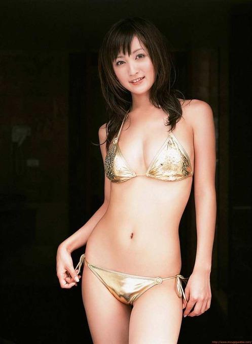 小松彩夏水着ビキニ画像「45枚」実写版セーラームーンセーラーヴィーナス役