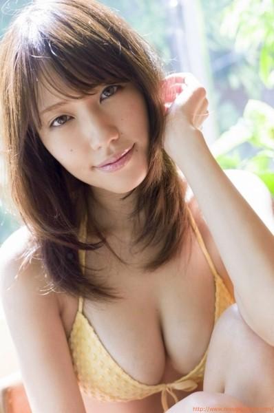 イエロービキニ 夏目ゆきGカップグラドル「10枚」