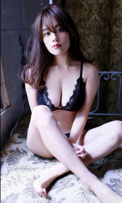 Eカップのセクシーボディー筧美和子グラビア水着画像「82枚」