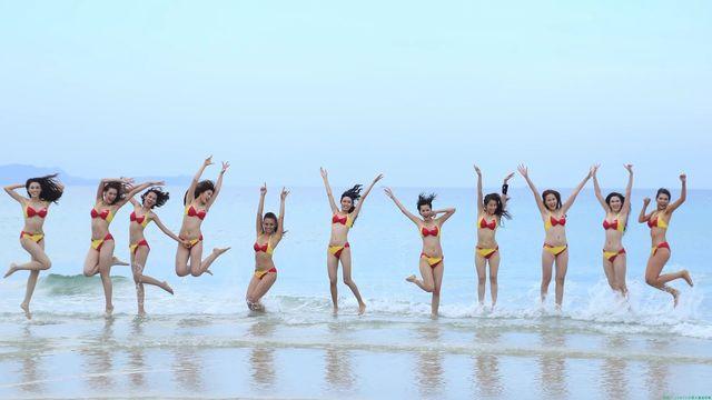 ベトナムの航空会社のビキニ美女「125枚」