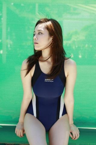 筧美和子 競泳水着グラビア画像「15」