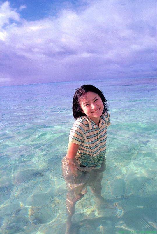 海の中の鈴木亜美