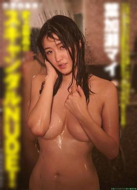 葉加瀬マイ,セクシー写真集 まみれる「112枚」
